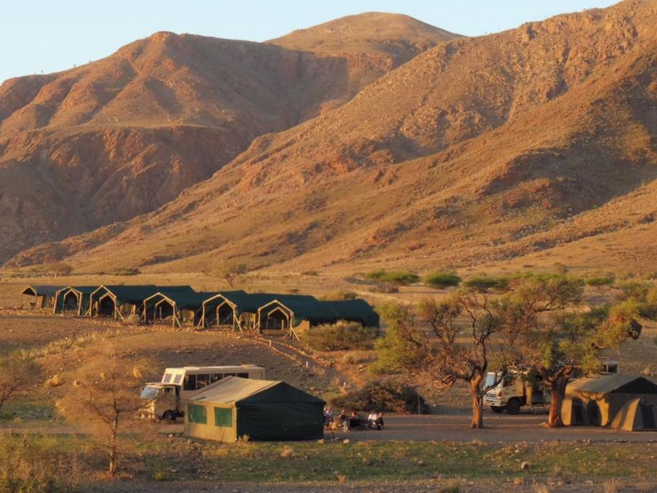 Namibia in truck e campi tendati mobili