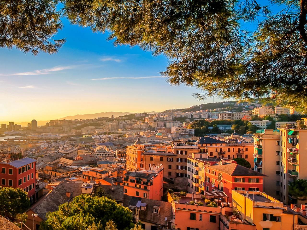 Per le strade di Genova