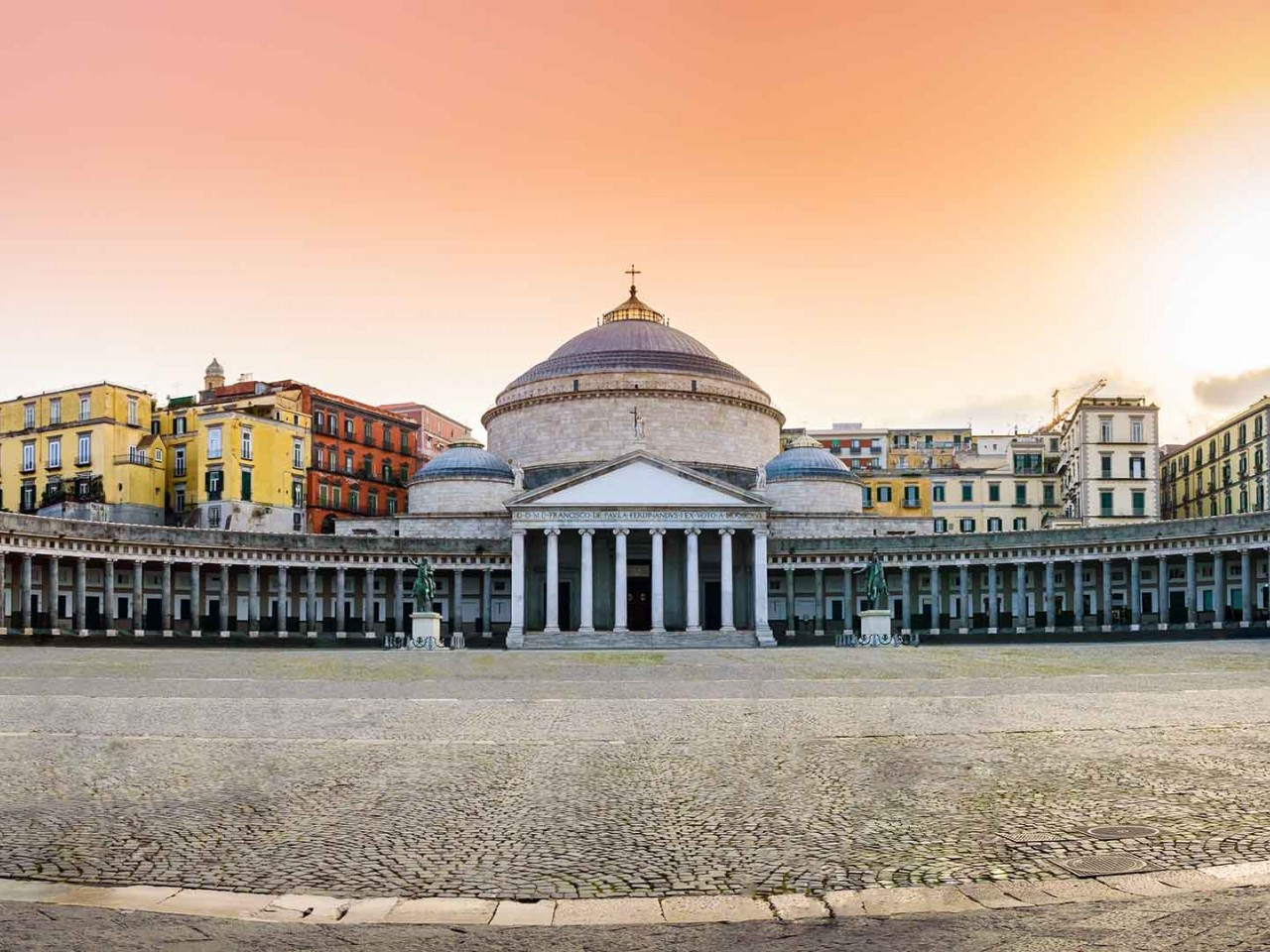 Per le vie di Napoli