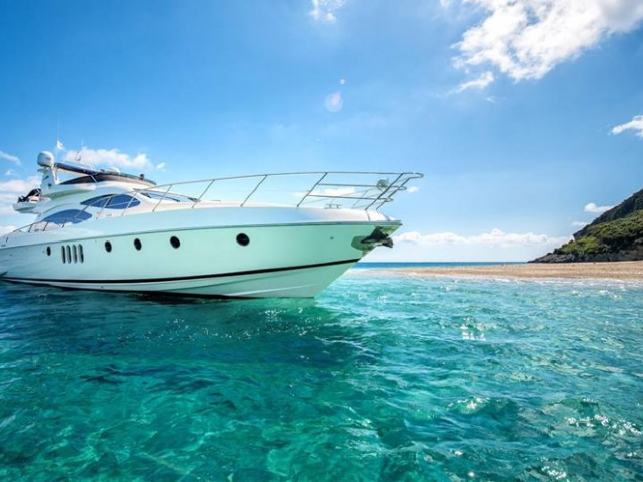 Private Cruises with yachts