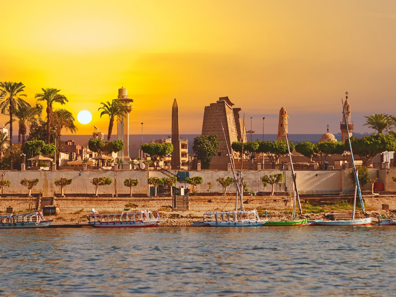 Luxor Highlights Day by Bus