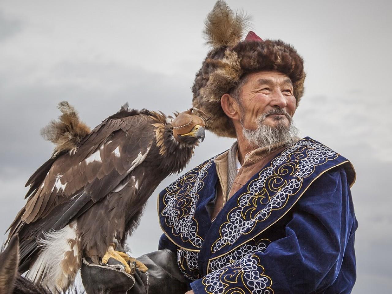 MONGOLIA, DOVE OSANO LE AQUILE