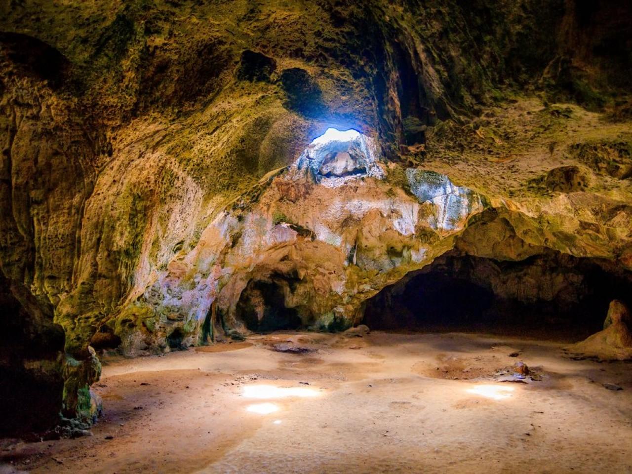 Cuevas Aruba